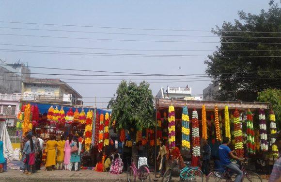 महेन्द्रनगरमा तिहारको चहल पहल ।(फोटो फिचर)